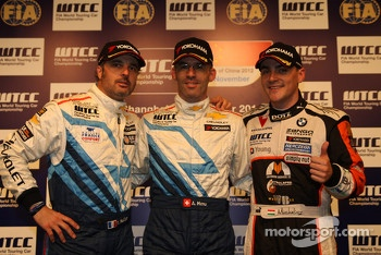 Press conference, Yvan Muller, Chevrolet Cruze 1.6T, Chevrolet, Alain Menu, Chevrolet Cruze 1.6T, Chevrolet pole position and Norbert Michelisz, BMW 320 TC, Zengˆ Motorsport