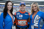 Ricky Stenhouse Jr. with the lovely NOS girls