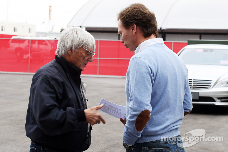 Bernie Ecclestone, CEO Formula One Group, with Christian Horner, Red Bull Racing Team Principal