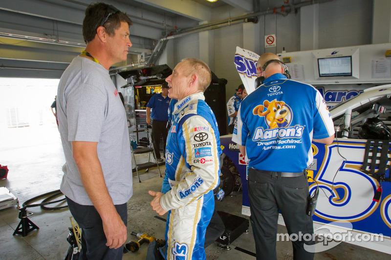 Michael Waltrip and Mark Martin, Michael Waltrip Racing Toyota