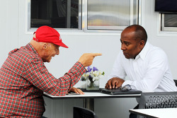 Niki Lauda, Mercedes Non-Executive Chairman with Anthony Hamilton