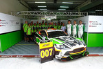 The Craft Racing team with the Aston Martin Vantage