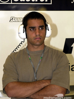 Juan Pablo Montoya in the Williams garage