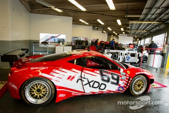 #69 AIM Autosport Team FXDD with Ferrari Ferrari 458