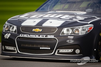 Jimmie Johnson, Hendrick Motorsports Chevrolet, front end detail