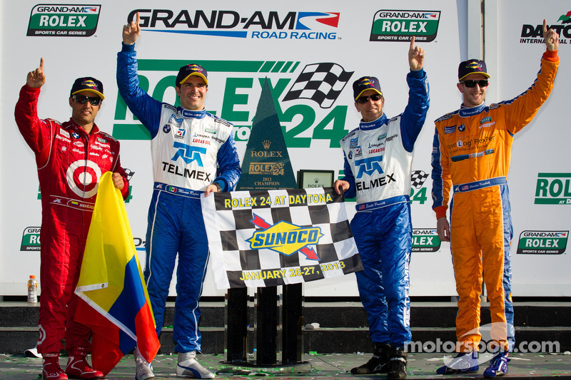 DP podium: class and overall winners Charlie Kimball, Juan Pablo Montoya, Scott Pruett, Memo Rojas celebrate