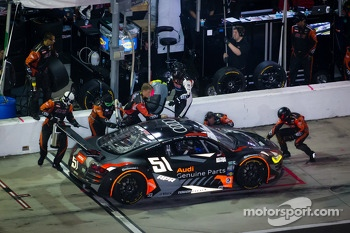 Pit stop for #51 Audi Sport Customer Racing/APR Motorsport Audi R8 Grand-Am: Matt Bell, John Farano, Alex Figge, Dave Lacey, David Empringham