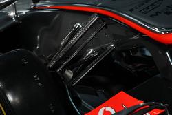 McLaren MP4-28 front suspension