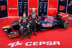 Daniel Ricciardo, Scuderia Toro Rosso and team mate Jean-Eric Vergne, Scuderia Toro Rosso STR8 with the new Scuderia Toro Rosso STR8