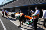 Paul di Resta, Sahara Force India VJM06 enters the pits