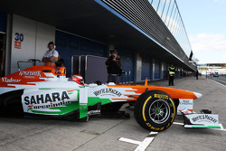 James Rossiter, Sahara Force India F1 VJM06 Simulator Driver leaves the pits