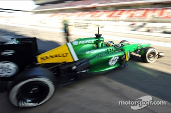 Charles Pic, Caterham CT03 leaves the pits