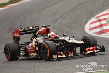 Romain Grosjean, Lotus F1 E21 with sensor equipment on the wheels