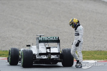 Lewis Hamilton, Mercedes AMG F1 W04 stops on the circuit