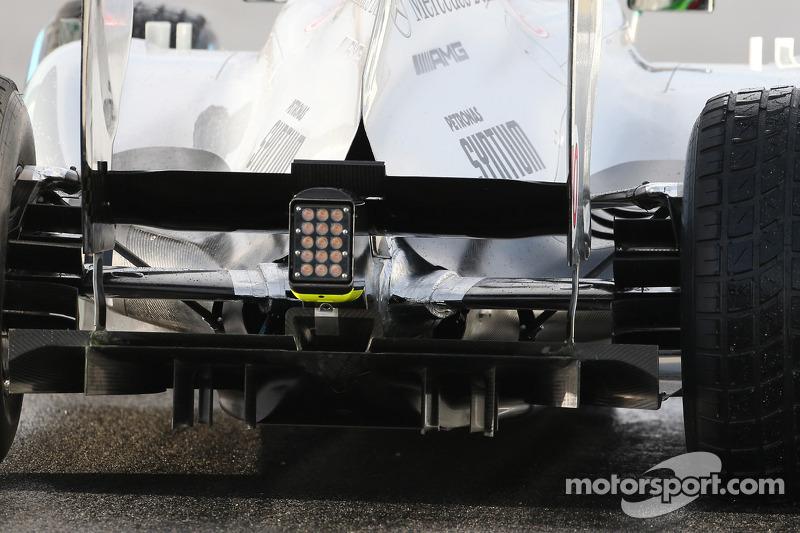 Mercedes AMG F1 W04 rear suspension and rear diffuser