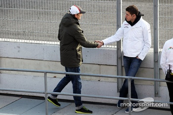 Nico Hulkenberg, Sauber with former team mate Paul di Resta, Sahara Force India F1
