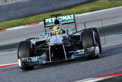 Nico Rosberg, Mercedes AMG F1 W04 running sensor equipment
