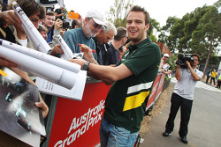 Giedo van der Garde, Caterham F1 Team signs autographs for the fans