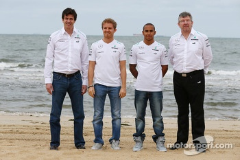 Toto Wolff, Mercedes AMG F1 Shareholder and Executive Director with Nico Rosberg, Mercedes AMG F1; Lewis Hamilton, Mercedes AMG F1; and Ross Brawn, Mercedes AMG F1 Team Principal
