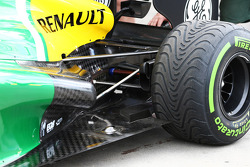 Caterham CT03 exhaust and rear suspension