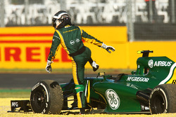 Giedo van der Garde, Caterham CT03 steps out after stopping in the second practice session