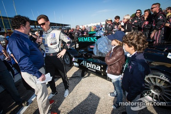 Scott Tucker and young fans
