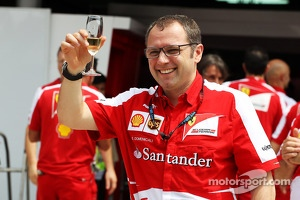 Stefano Domenicali, Ferrari General Director celebrates the 200th GP for Fernando Alonso, Ferrari