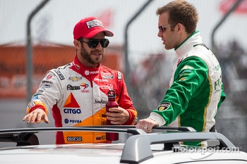 EJ Viso, Team Venezuela / Andretti Autosport / HVM Chevrolet and Ed Carpenter, Ed Carpenter Racing Chevrolet