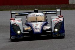 #8 Toyota Racing Toyota TS030-Hybrid: Anthony Davidson, Sebastien Buemi, Stephane Sarrazin