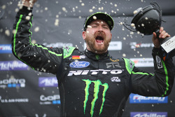 Second place Vaughn Gittin Jr.