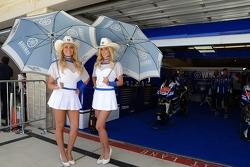 Lovely Yamaha girls
