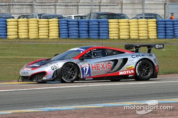 #17 Hexis Racing Mc Laren MP4/12C: Eric Debard, Olivier Panis