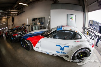 #19 Schubert Motorsport BMW Z4 GT3 (SP9)