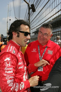 Dario with his dad George Franchitti at Indy 500, 2013