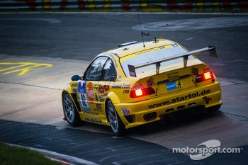 #82 Manheller Racing BMW M3 (SP8): Stefan Manheller, Uwe Krumscheid, David Quinlan