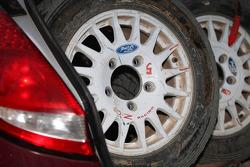 Tire detail