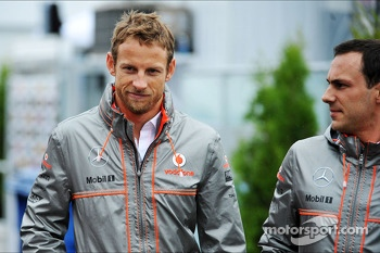 (L to R): Jenson Button, McLaren with Gary Paffett, McLaren Test Driver