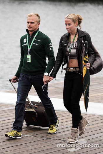 Heikki Kovalainen, Caterham F1 Team Reserve Driver with girlfriend Catherine Hyde (GBR)