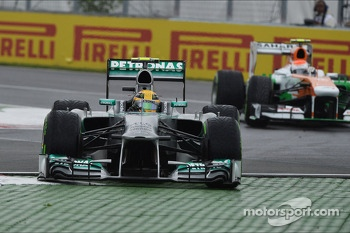 Lewis Hamilton, Mercedes AMG F1 W04 runs wide at the final chicane