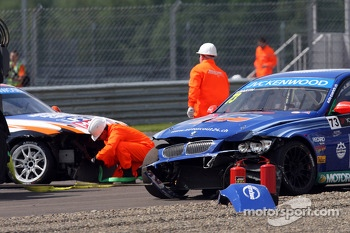 Crash, Fredy Barth, BMW E90 320 TC, Wiechers-Sport and Charles Ng, BMW E90 320 TC, Liqui Moly Team Engstler