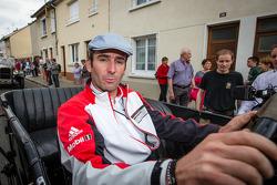 Pontlieue hairpin recreation event: Romain Dumas