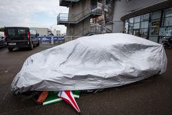 Crashed car #41 Greaves Motorsport Caterham Motorsport Nissan back in parc fermé