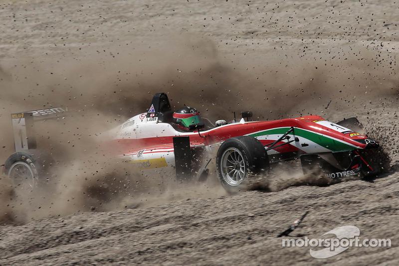 Crash of Lucas Auer