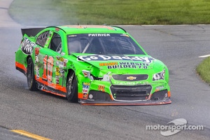 Danica Patrick, Stewart-Haas Racing Chevrolet in trouble