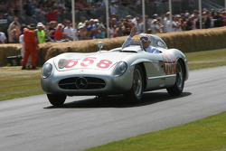 VINTAGE: Stirling Moss, Mercedes-Benz 300 SLR