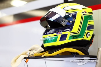 The helmet of Kimiya Sato, Sauber Test Driver