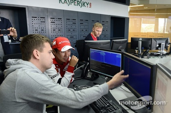 Kamui Kobayashi visits Kaspersky offices