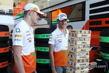 (L to R): Paul di Resta, Sahara Force India F1 and team mate Adrian Sutil, Sahara Force India F1 play the Sky Sports F1 Horse Power Tower