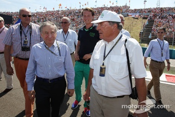 Jean Todt, FIA President and entourage on the grid