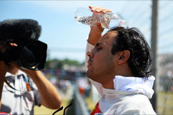 Felipe Massa, Ferrari keeps himself cool on the grid